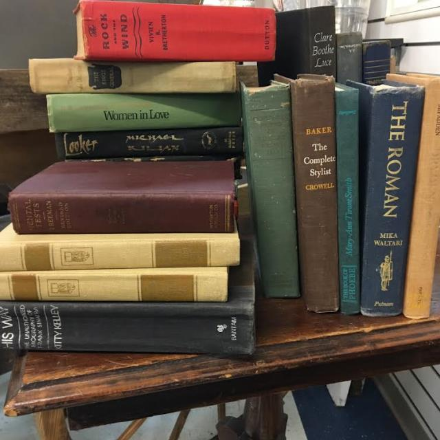 Where to find VINTAGE BOOKS  assorted size color in Gulfport